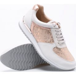 Caprice - Buty. Szare buty sportowe damskie Caprice, z materiału. W wyprzedaży za 199,90 zł.