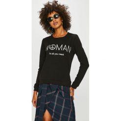 Answear - Bluza Watch Me. Czarne bluzy z nadrukiem damskie marki ANSWEAR, l, z bawełny, bez kaptura. W wyprzedaży za 83,90 zł.