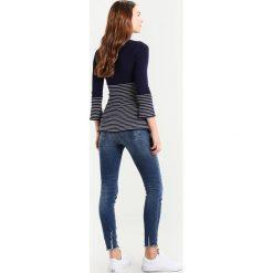 Swetry klasyczne damskie: Anna Field MAMA Sweter dark blue