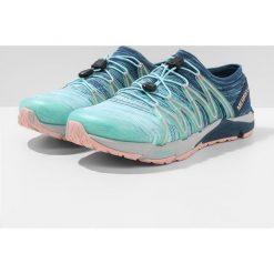 Merrell BARE ACCESS FLEX Obuwie do biegania neutralne aqua. Niebieskie buty do biegania damskie marki Merrell, z materiału. W wyprzedaży za 440,30 zł.