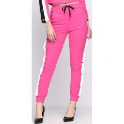 Spodnie dresowe damskie: Fuksjowe Spodnie Dresowe Nowadays