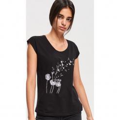 T-shirt z nadrukiem - Czarny. Białe t-shirty damskie marki Reserved, l, z dzianiny. Za 29,99 zł.