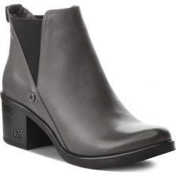 Botki CARINII - B3705/N I38-000-POL-861. Szare buty zimowe damskie marki Carinii, ze skóry, na obcasie. Za 349,00 zł.