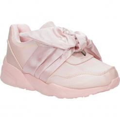 Różowe buty sportowe z kokardą Casu C12033-3. Czerwone buciki niemowlęce Casu. Za 49,99 zł.