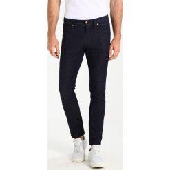Marc O'Polo DENIM Jeansy Slim Fit combo. Niebieskie jeansy męskie Marc O'Polo DENIM. W wyprzedaży za 386,10 zł.