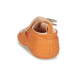 Kapcie niemowlęce Dziecko  Shoo Pom  CHOU TIPI. Brązowe kapcie chłopięce Shoo Pom. Za 118,30 zł.