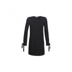 Sukienki krótkie Tommy Hilfiger  TARISA C-NK SWTR. Czarne sukienki hiszpanki TOMMY HILFIGER, l, z krótkim rękawem, mini. Za 709,00 zł.