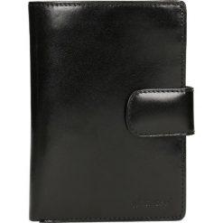 Portfel męski LAZIO. Czarne portfele męskie marki Gino Rossi, ze skóry. Za 369,90 zł.