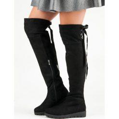 ZAMSZOWE KOZAKI NA PLATFORMIE. Czarne buty zimowe damskie FILIPPO, z zamszu, na platformie. Za 198,00 zł.