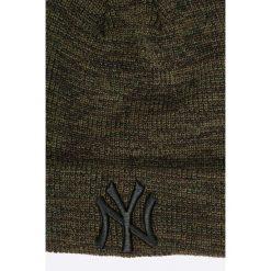New Era - Czapka. Brązowe czapki zimowe męskie New Era, z dzianiny. W wyprzedaży za 99,90 zł.