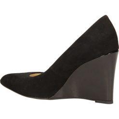 CZÓŁENKA CASU 5233. Czarne buty ślubne damskie Casu. Za 169,99 zł.