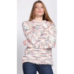 Różowo-Żółty Sweter In The Beginning. Żółte swetry klasyczne damskie marki Mohito, l, z dzianiny. Za 49,99 zł.