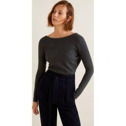 Mango - Sweter Crossed. Czarne swetry klasyczne damskie Mango, l, z dzianiny, z dekoltem w łódkę. Za 99,90 zł.