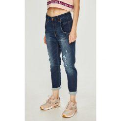 Diesel - Jeansy. Niebieskie jeansy damskie Diesel, z bawełny, z podwyższonym stanem. W wyprzedaży za 849,90 zł.