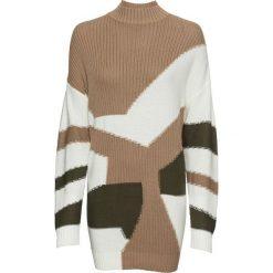 Sweter dzianinowy z efektem patchworkowego wzoru bonprix wielbłądzia wełna - biel wełny - ciemnooliwkowy wzorzysty. Brązowe swetry klasyczne damskie marki bonprix, z dzianiny. Za 109,99 zł.