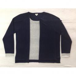 Sweter kaszmirowy 2w1 w kolorze granatowo-szarym. Niebieskie kardigany damskie marki Ateliers de la Maille, z kaszmiru. W wyprzedaży za 591,95 zł.
