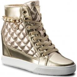 Sneakersy GUESS - Forty FLFRT1 LEL12 GOLD. Żółte sneakersy damskie Guess, z materiału. W wyprzedaży za 299,00 zł.