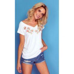 Bluzka t-shirt flowers k127. Białe bluzki asymetryczne Knitis, m, z nadrukiem, z dzianiny, klasyczne, z klasycznym kołnierzykiem, z krótkim rękawem. Za 69,00 zł.