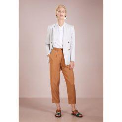 CLOSED Koszula white. Białe koszule damskie CLOSED, l, z bawełny. Za 539,00 zł.