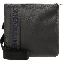 Emporio Armani PIATTINA PICCOLA Torba na ramię grey. Szare torby na ramię męskie marki Emporio Armani, na ramię, małe. W wyprzedaży za 395,85 zł.