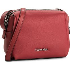 Listonoszki damskie: Torebka CALVIN KLEIN BLACK LABEL - Downton Small Cross K60K603902 618