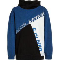 S.Oliver RED LABEL LANGARM Bluza z kapturem blue melange. Niebieskie bluzy chłopięce rozpinane marki s.Oliver RED LABEL, s, z bawełny, z kapturem. W wyprzedaży za 132,05 zł.