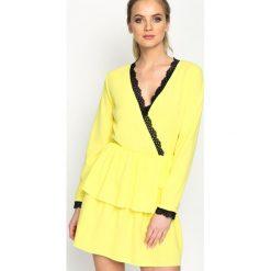 Jasnożółta Sukienka Deep Love. Żółte sukienki letnie marki Born2be, s, mini. Za 69,99 zł.