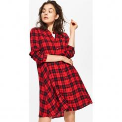 Sukienka oversize - Czerwony. Czerwone sukienki marki Cropp, l, oversize. Za 69,99 zł.