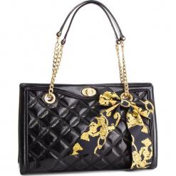 Torebka GUESS - HWSASH L9104 BLA. Czarne torebki klasyczne damskie marki Guess, z aplikacjami, ze skóry. Za 1119,00 zł.