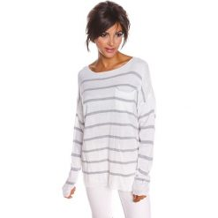 """Sweter """"Jena"""" w kolorze białym. Swetry klasyczne damskie marki 100% Maille, s, z dekoltem w łódkę. W wyprzedaży za 108,95 zł."""