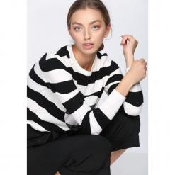 Czarno-Biały Sweter Double Heart. Białe swetry klasyczne damskie Born2be, m. Za 49,99 zł.