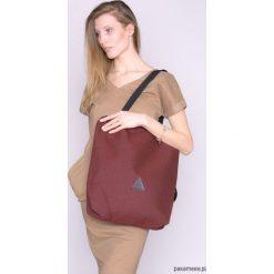 Torba na ramię bordo. Szare torebki klasyczne damskie Pakamera, w paski. Za 135,00 zł.