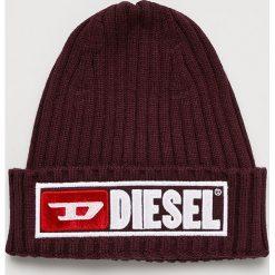 Diesel - Czapka. Brązowe czapki zimowe męskie Diesel, na zimę, z bawełny. Za 239,90 zł.