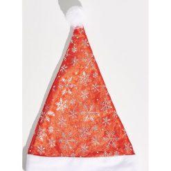 Świąteczna czapka - Czerwony. Czerwone czapki zimowe damskie marki Sinsay. Za 7,99 zł.