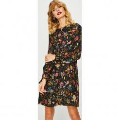 Medicine - Sukienka Shimmering Fantasy. Brązowe sukienki mini MEDICINE, na co dzień, m, z tkaniny, casualowe, z okrągłym kołnierzem, proste. Za 139,90 zł.