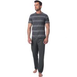 Męska piżama ROSSLI Absalon. Czarne piżamy męskie marki Astratex, z bawełny. Za 117,99 zł.