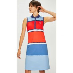 U.S. Polo - Sukienka. Szare sukienki dzianinowe marki U.S. Polo, na co dzień, l, casualowe, polo, z krótkim rękawem, midi, proste. W wyprzedaży za 439,90 zł.