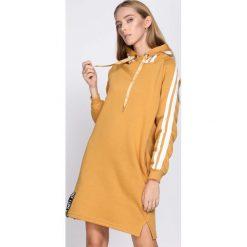 Żółta Sukienka Twilight Time. Żółte sukienki dzianinowe marki Born2be, l. Za 99,99 zł.