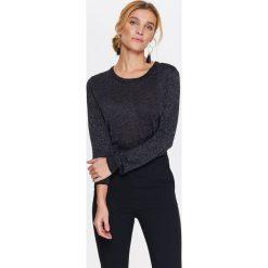 Swetry klasyczne damskie: SWETER DAMSKI Z POŁYSKUJĄCEJ DZIANINY