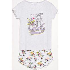 Piżama z szortami - Jasny szar. Czarne piżamy męskie marki Reserved, l. W wyprzedaży za 39,99 zł.