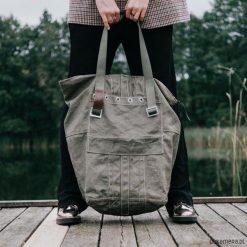 Duża torba z worka wojskowego. Szare torebki klasyczne damskie Pakamera, z tkaniny, duże. Za 229,00 zł.