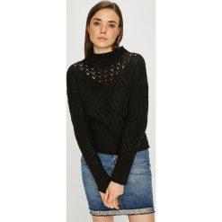 Guess Jeans - Sweter. Czarne swetry klasyczne damskie Guess Jeans, m, z dzianiny, z okrągłym kołnierzem. Za 399,90 zł.