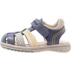 Kickers PLATINIUM Sandały marine/gris. Niebieskie sandały męskie skórzane marki Kickers, na sznurówki. Za 309,00 zł.