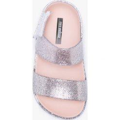 Sandały dziewczęce: Melissa – Sandały dziecięce Cosmic.
