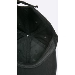 Brave Soul - Czapka. Czarne czapki z daszkiem męskie Brave Soul, z bawełny. W wyprzedaży za 29,90 zł.