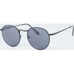 Okulary przeciwsłoneczne z okrągłymi czarnymi oprawkami. Szare okulary przeciwsłoneczne damskie lenonki marki ORAO. Za 49,90 zł.