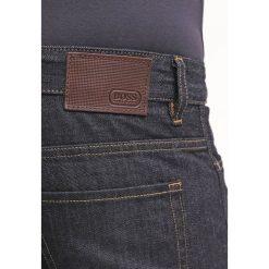 BOSS ATHLEISURE DELAWARE Jeansy Slim Fit navy. Czerwone jeansy męskie relaxed fit marki BOSS Athleisure, z bawełny. Za 579,00 zł.