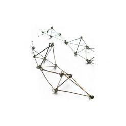 Długie geometryczne kolczyki ze stali Futuristika. Szare kolczyki damskie Projekt mosko, ze stali, z zapięciem typu bigiel. Za 149,00 zł.