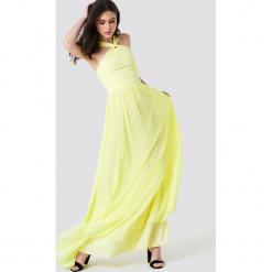 Trendyol Kopertowa sukienka maxi - Yellow. Szare długie sukienki marki Trendyol, na co dzień, z elastanu, casualowe, dopasowane. Za 222,95 zł.