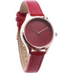 Czerwony Zegarek Accepted. Czerwone zegarki damskie Born2be. Za 24,99 zł.